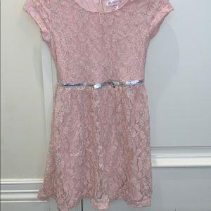 Light pink short sleeve dress with flower design